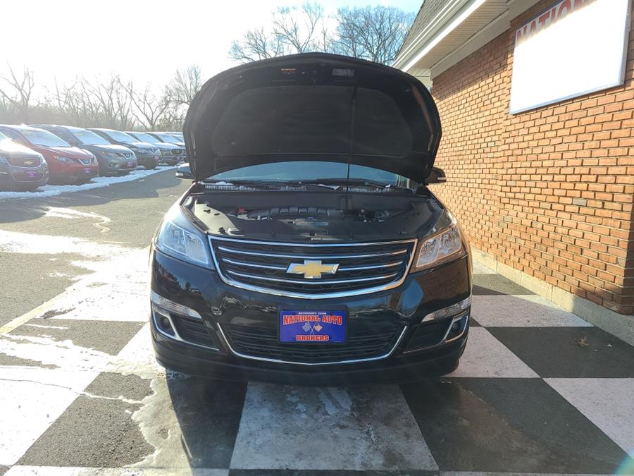 Used Chevrolet Traverse AWD 4dr 2LT 2016 | National Auto Brokers, Inc.. Waterbury, Connecticut
