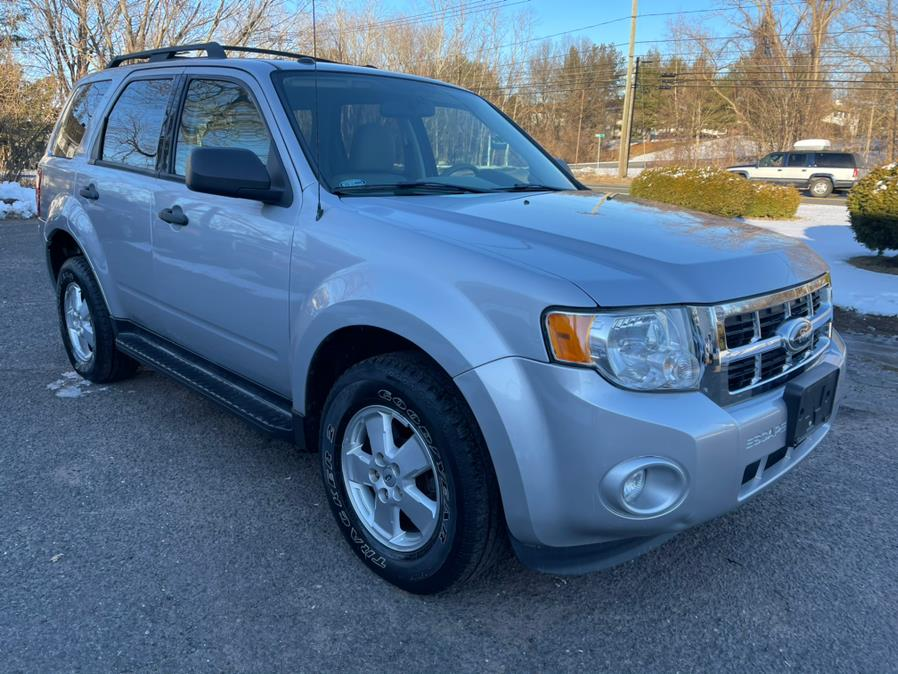 Used Ford Escape 4WD V6 XLT w/ Sunroof 2012   Toro Auto. East Windsor, Connecticut