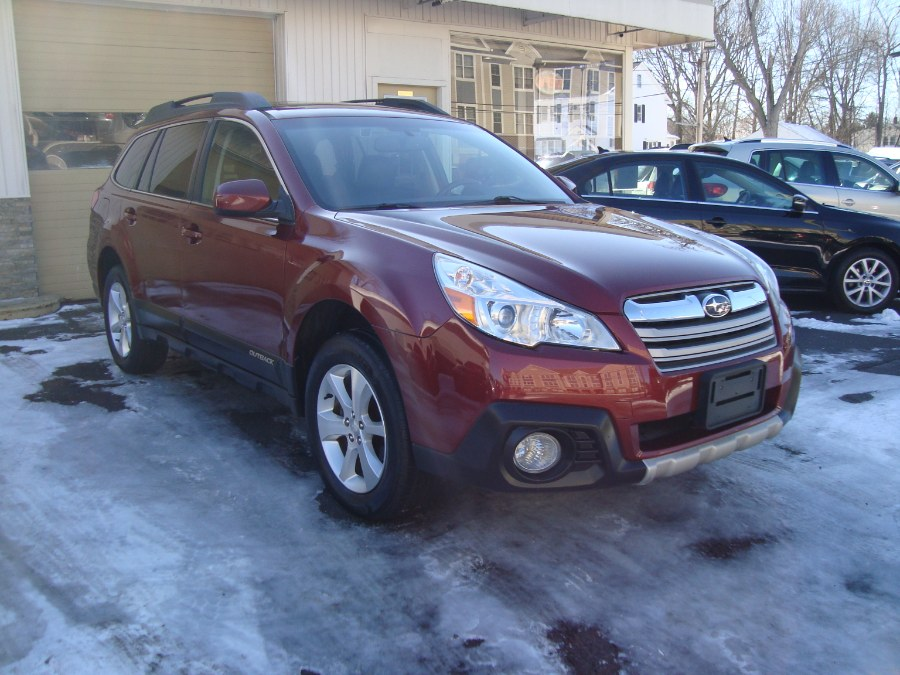 Used Subaru Outback 4dr Wgn H4 Auto 2.5i Limited 2014 | Yara Motors. Manchester, Connecticut