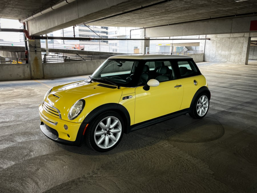 Used 2004 MINI Cooper Hardtop in Salt Lake City, Utah | Guchon Imports. Salt Lake City, Utah