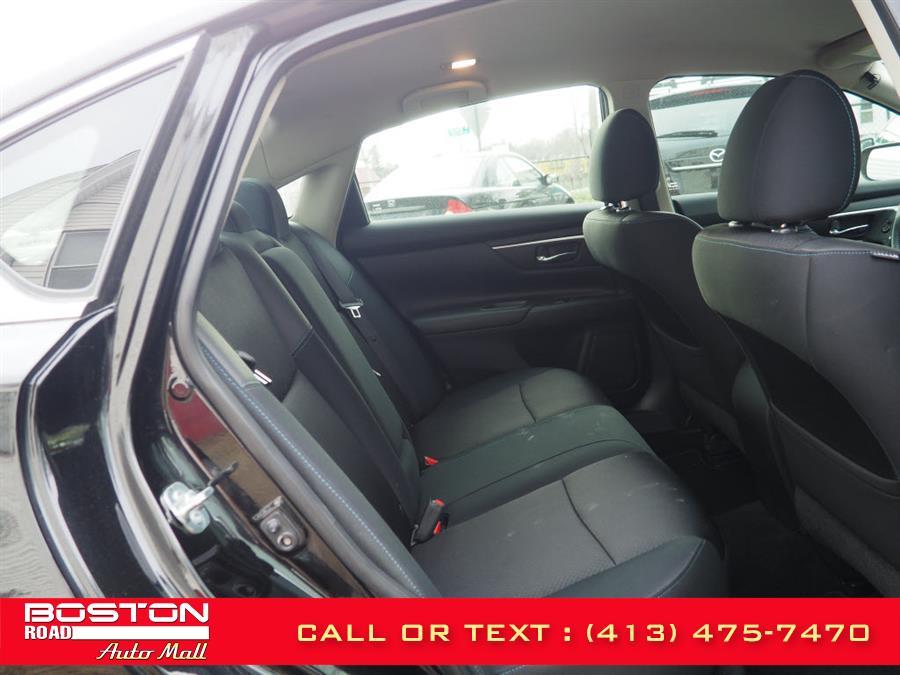 Used Nissan Altima Sr  2.5 2017   Boston Road Auto Mall. Springfield, Massachusetts