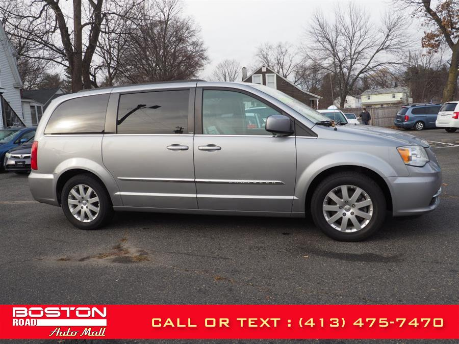 Used Chrysler Town & Country Touring 2013 | Boston Road Auto Mall. Springfield, Massachusetts