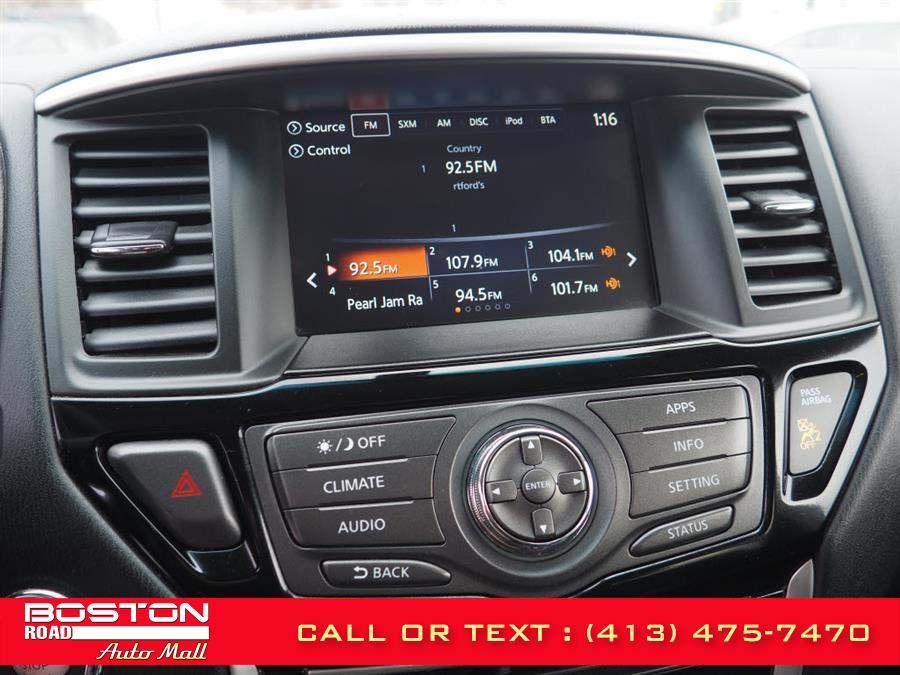 Used Nissan Pathfinder PLATINUM 4WD 2017 | Boston Road Auto Mall. Springfield, Massachusetts