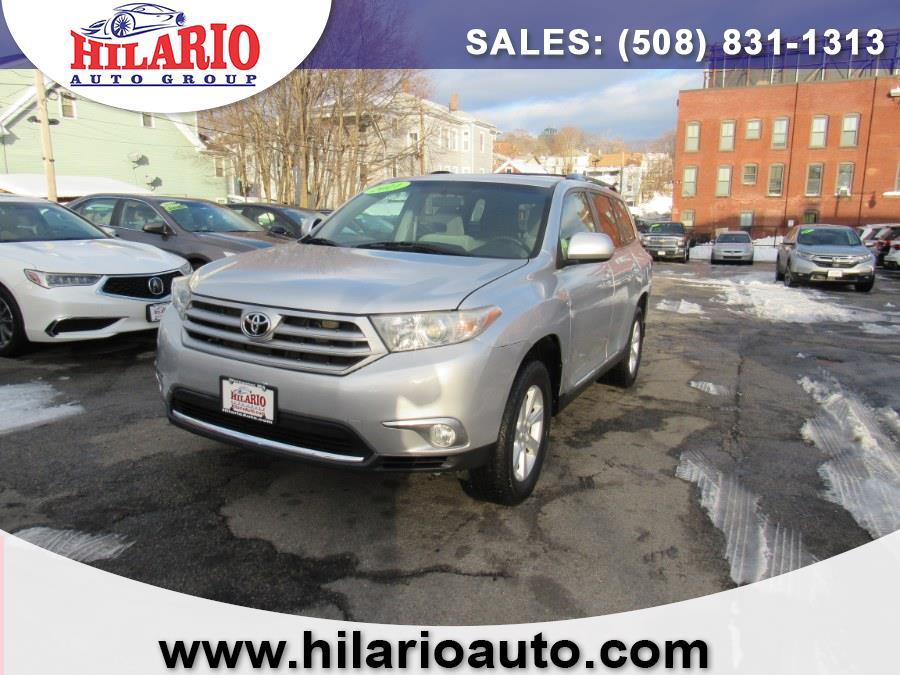 Used 2011 Toyota Highlander in Worcester, Massachusetts | Hilario's Auto Sales Inc.. Worcester, Massachusetts