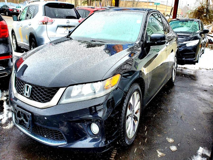 Used Honda Accord Cpe 2dr I4 Auto EX-L w/Navi 2013 | Capital Lease and Finance. Brockton, Massachusetts