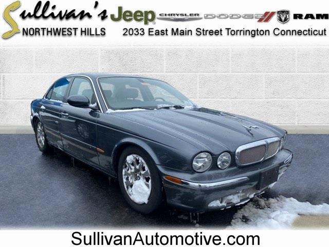 Used 2004 Jaguar Xj8 in Avon, Connecticut | Sullivan Automotive Group. Avon, Connecticut