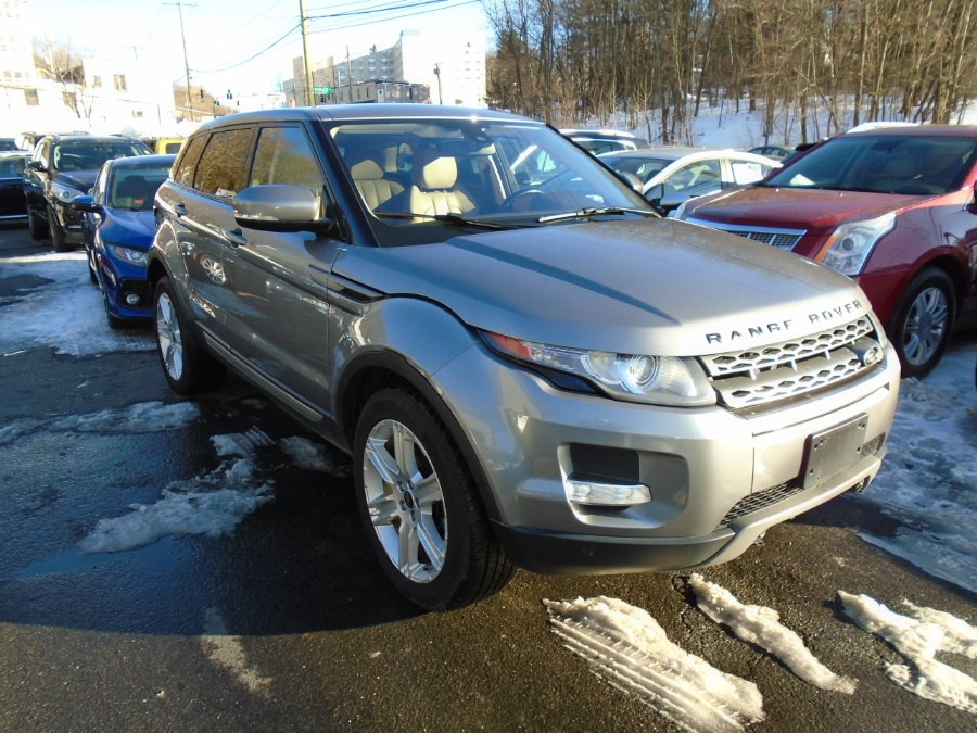 Used 2013 Land Rover Range Rover Evoque in Waterbury, Connecticut | Jim Juliani Motors. Waterbury, Connecticut