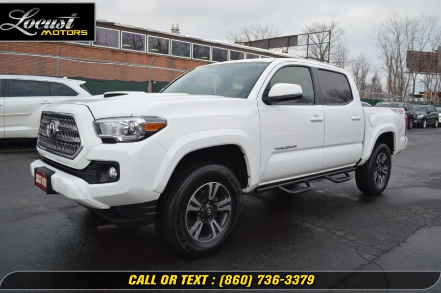 Used 2017 Toyota Tacoma in Hartford, Connecticut | Locust Motors LLC. Hartford, Connecticut