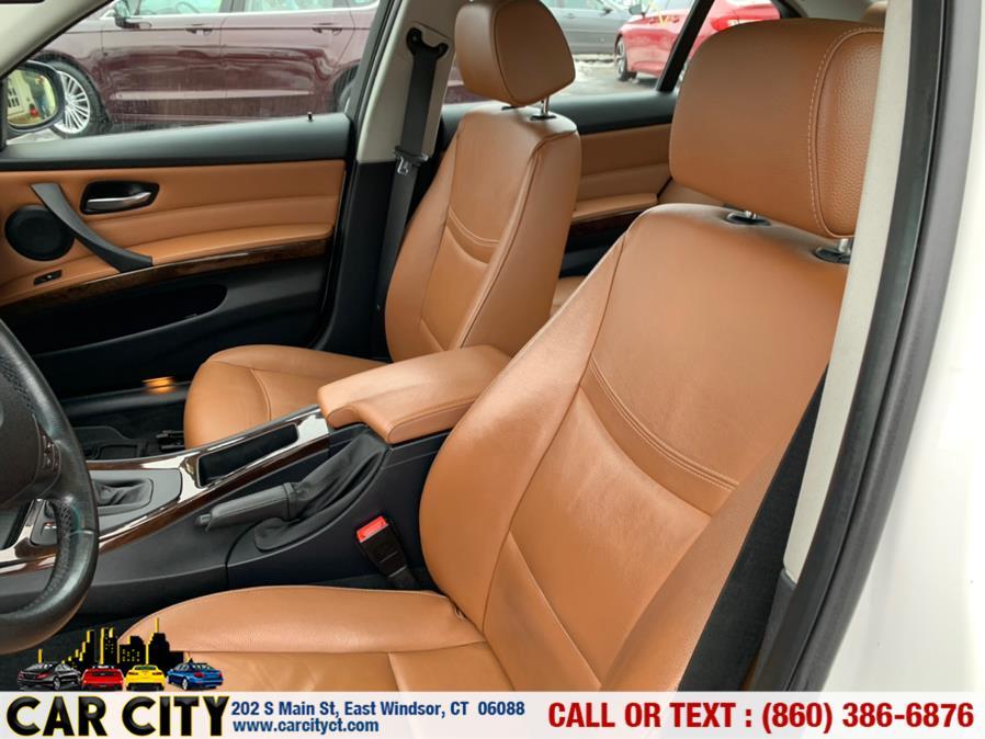 Used BMW 3 Series 4dr Sdn 328i xDrive AWD SULEV 2011 | Car City LLC. East Windsor, Connecticut