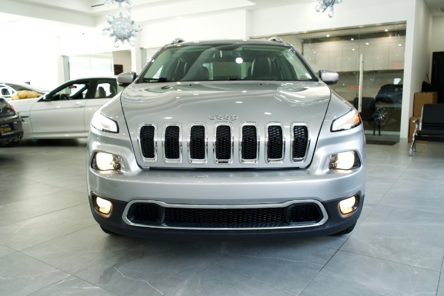 Used Jeep Cherokee 4WD 4dr Limited 2016 | C Rich Cars. Franklin Square, New York