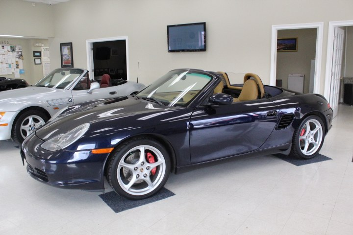 Used 2003 Porsche Boxster in Plainville, Connecticut | New England Auto Sales LLC. Plainville, Connecticut