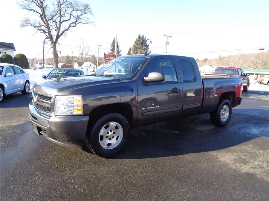 Used 2010 Chevrolet Silverado 1500 in Southwick, Massachusetts | Country Auto Sales. Southwick, Massachusetts