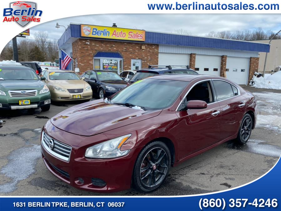 Used 2013 Nissan Maxima in Berlin, Connecticut | Berlin Auto Sales LLC. Berlin, Connecticut
