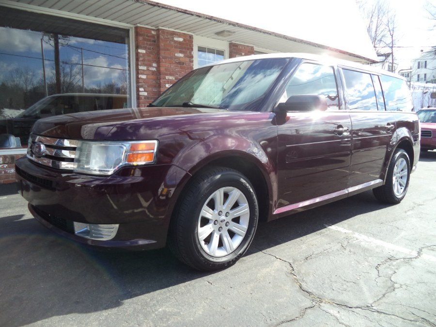 Used 2011 Ford Flex in Naugatuck, Connecticut | Riverside Motorcars, LLC. Naugatuck, Connecticut