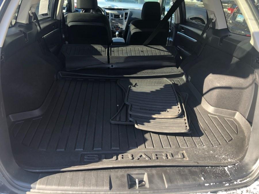 Used Subaru Outback 4dr Wgn H4 Auto 2.5i Premium 2014   Bristol Auto Center LLC. Bristol, Connecticut