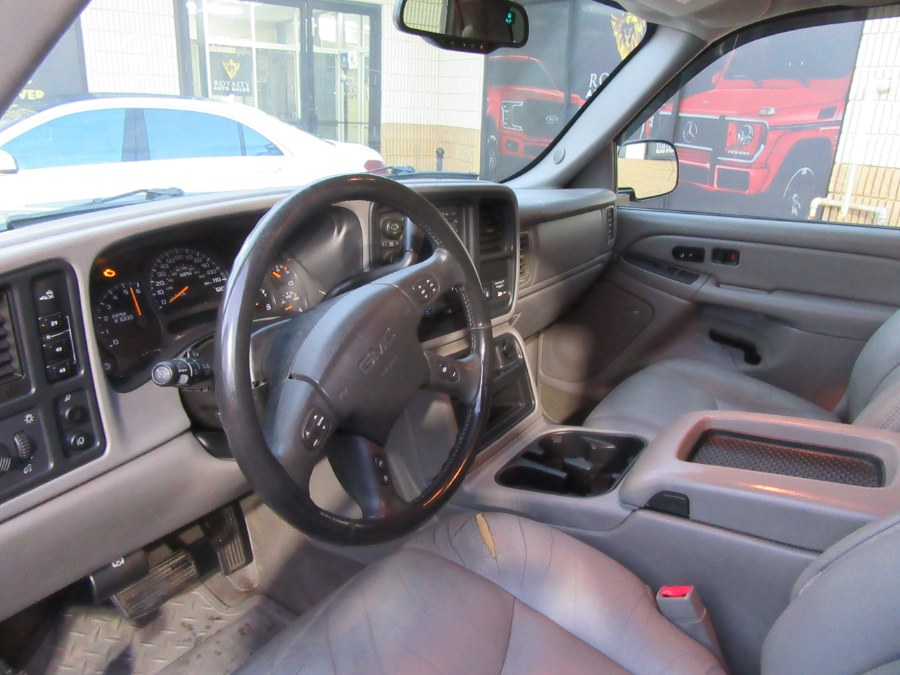 """Used GMC Sierra 2500HD Ext Cab 157.5"""" WB 4WD SLT 2004 