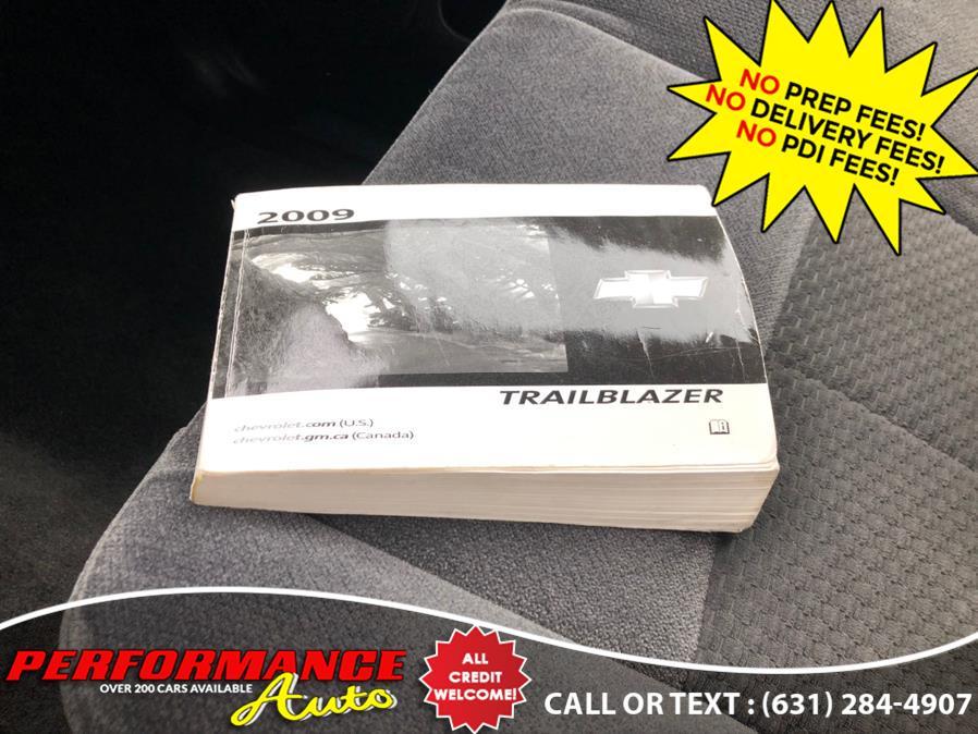 Used Chevrolet TrailBlazer 4WD 4dr LT w/1LT 2009 | Performance Auto Inc. Bohemia, New York