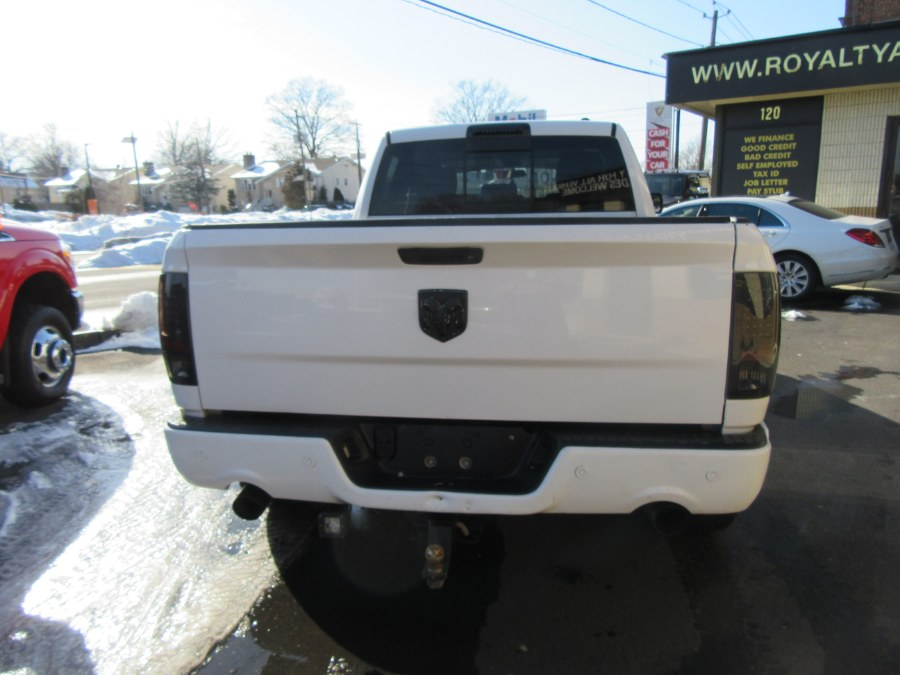 "Used Dodge Ram 1500 4WD Quad Cab 140.5"" SLT 2011 
