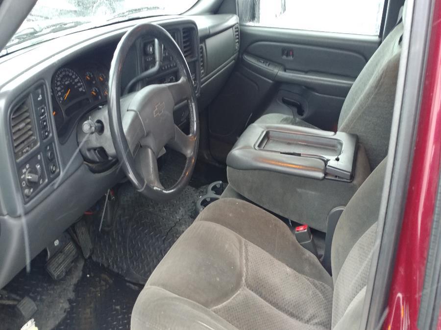 "Used Chevrolet Silverado 2500HD Ext Cab 157.5"" WB 4WD LS 2004 | Matts Auto Mall LLC. Chicopee, Massachusetts"