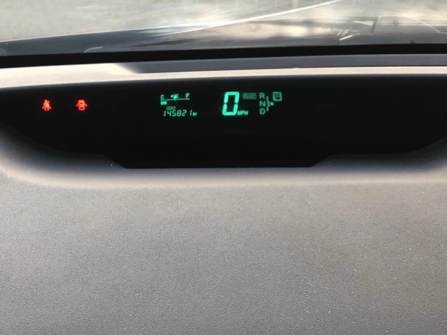 Used Toyota Prius Hybrid 2004 | Green Light Auto Wholesale. Daly City, California