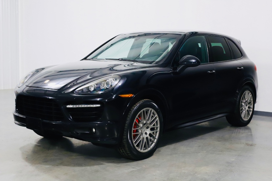 Used 2014 Porsche Cayenne in North Salem, New York | Meccanic Shop North Inc. North Salem, New York