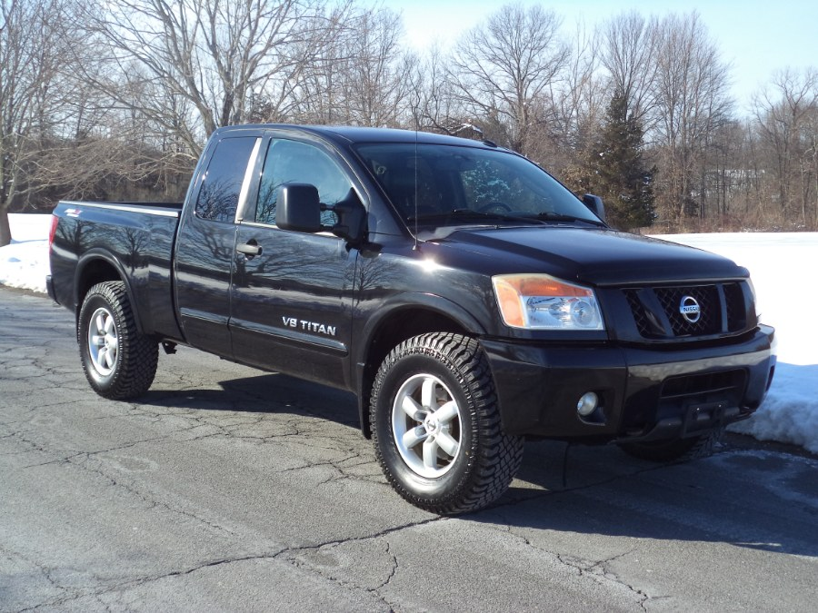 Used 2010 Nissan Titan in Berlin, Connecticut | International Motorcars llc. Berlin, Connecticut