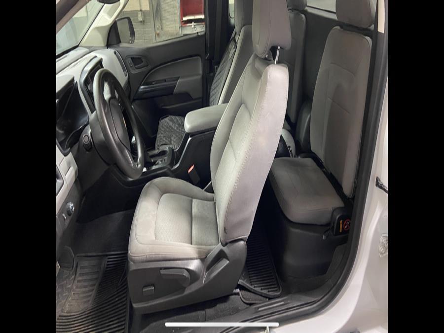 "Used Chevrolet Colorado 2WD Ext Cab 128.3"" Work Truck 2019 | Riverside Auto Center LLC. Bristol , Connecticut"