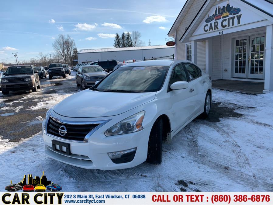 Used Nissan Altima 4dr Sdn I4 2.5 S 2013 | Car City LLC. East Windsor, Connecticut