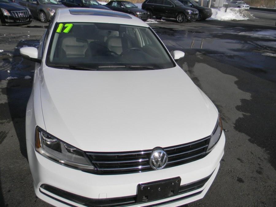 Used Volkswagen Jetta 1.4T SE Manual 2017 | M&M Vehicles Inc dba Central Motors. Southborough, Massachusetts