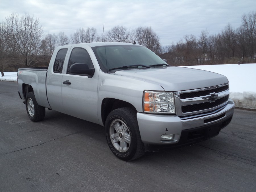 Used 2011 Chevrolet Silverado 1500 in Berlin, Connecticut | International Motorcars llc. Berlin, Connecticut