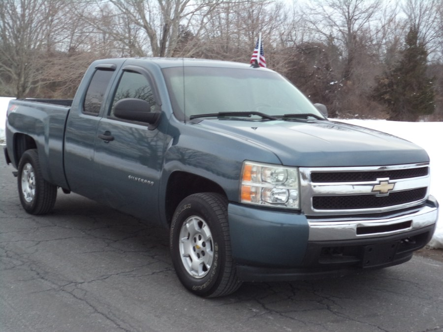 Used 2010 Chevrolet Silverado 1500 in Berlin, Connecticut | International Motorcars llc. Berlin, Connecticut