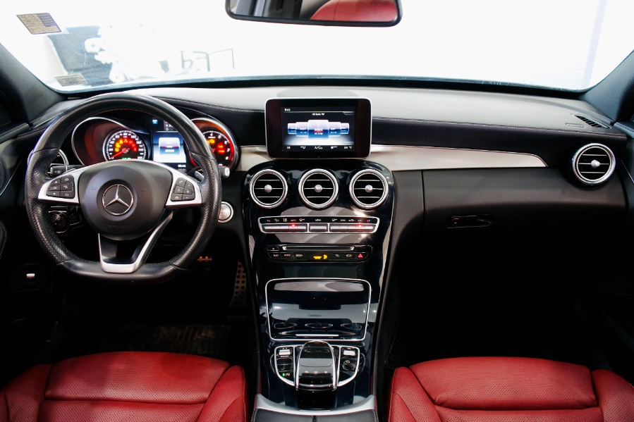 Used Mercedes-Benz C-Class 4dr Sdn C300 Sport RWD 2016 | Luxury Motor Club. Franklin Square, New York