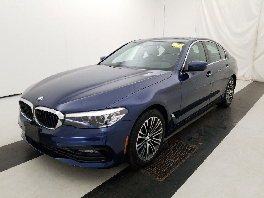 Used BMW 5 Series 530i xDrive Sedan 2018 | Peak Automotive Inc.. Bayshore, New York