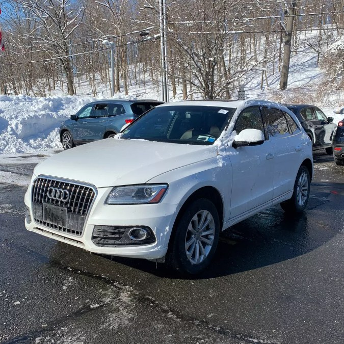 Used 2017 Audi Q5 in Bayshore, New York | Peak Automotive Inc.. Bayshore, New York