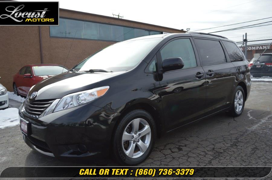 Used 2012 Toyota Sienna in Hartford, Connecticut | Locust Motors LLC. Hartford, Connecticut