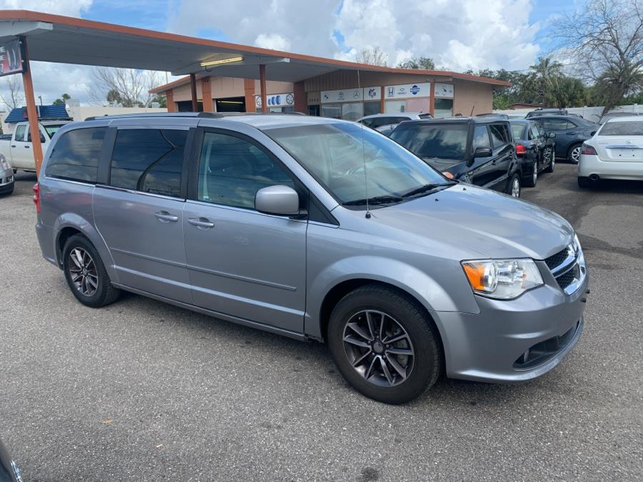 Used Dodge Grand Caravan SXT Wagon 2017 | Central florida Auto Trader. Kissimmee, Florida