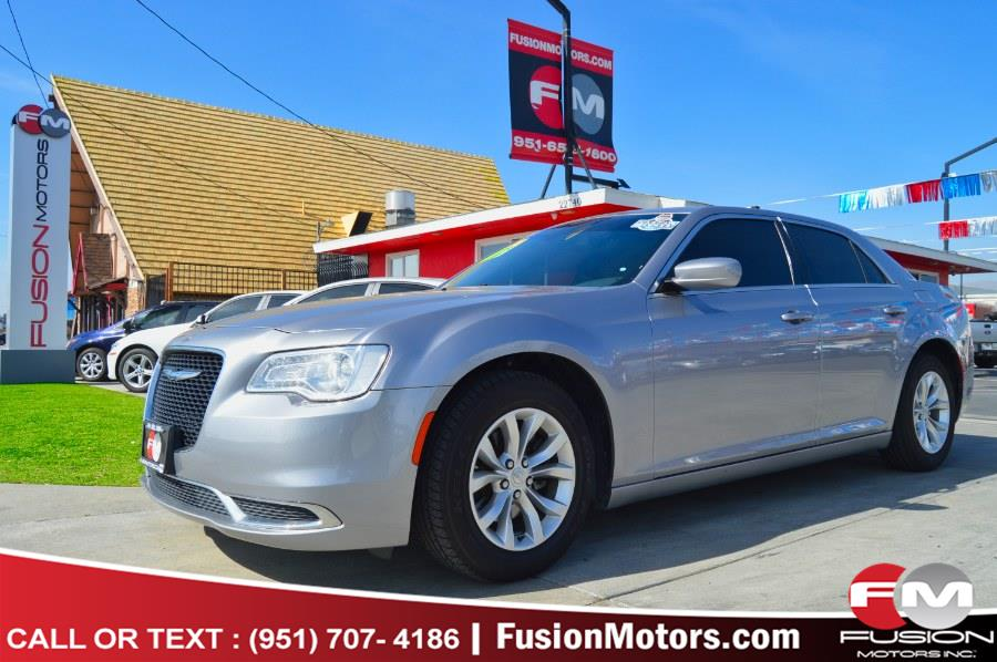 Used 2018 Chrysler 300 in Moreno Valley, California | Fusion Motors Inc. Moreno Valley, California