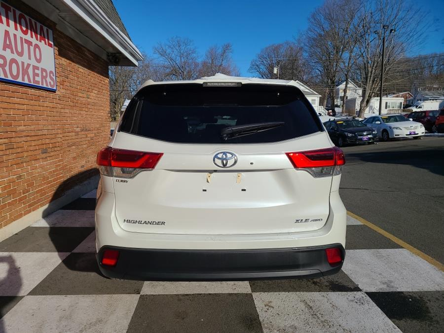 Used Toyota Highlander XLE 2018 | National Auto Brokers, Inc.. Waterbury, Connecticut