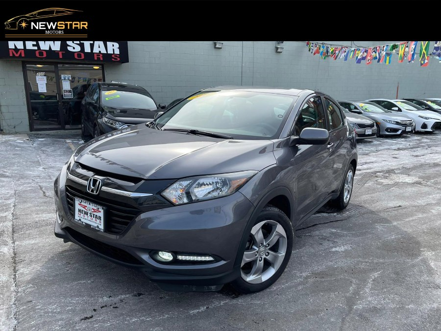 Used 2017 Honda HR-V in Chelsea, Massachusetts | New Star Motors. Chelsea, Massachusetts