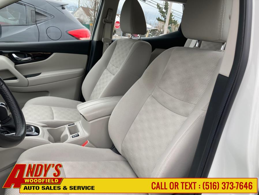 Used Nissan Rogue Sport 2018.5 AWD SV 2018 | Andy's Woodfield. West Hempstead, New York