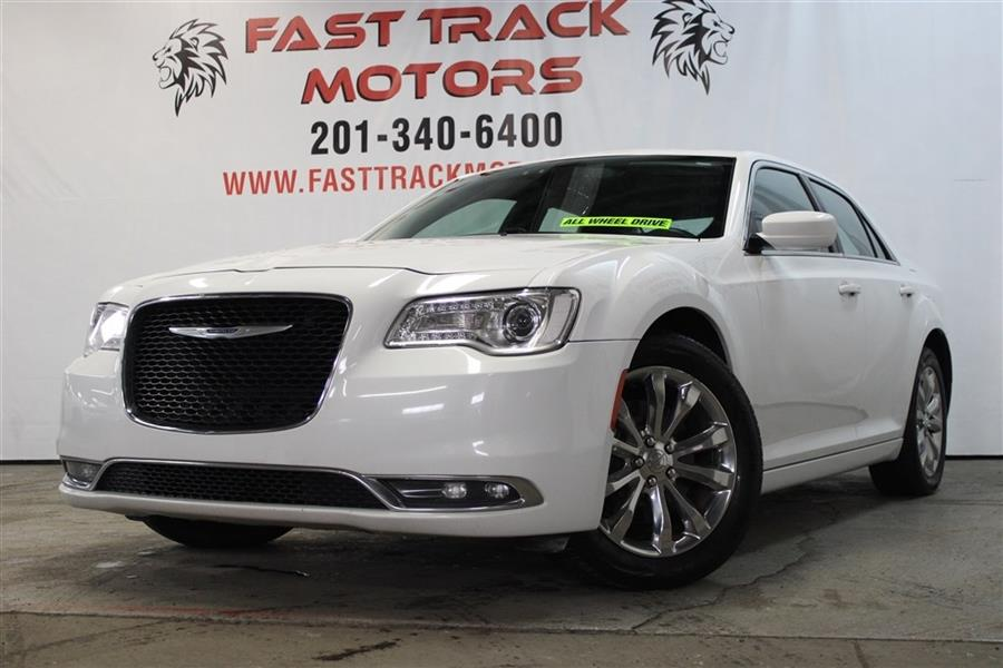 Used Chrysler 300 LIMITED 2016 | Fast Track Motors. Paterson, New Jersey