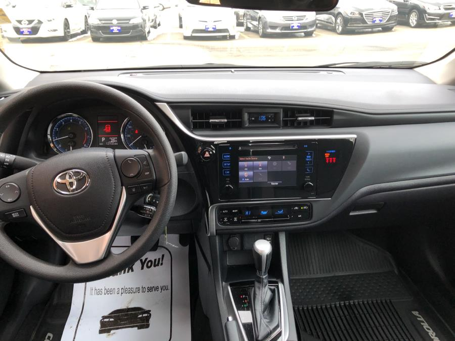 Used Toyota Corolla LE 2018 | National Auto Brokers, Inc.. Waterbury, Connecticut
