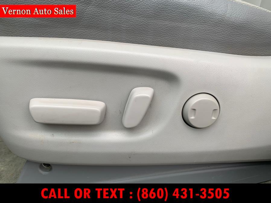 Used Toyota Sienna 5dr 7-Pass Van V6 Ltd AWD (Natl) 2012 | Vernon Auto Sale & Service. Manchester, Connecticut