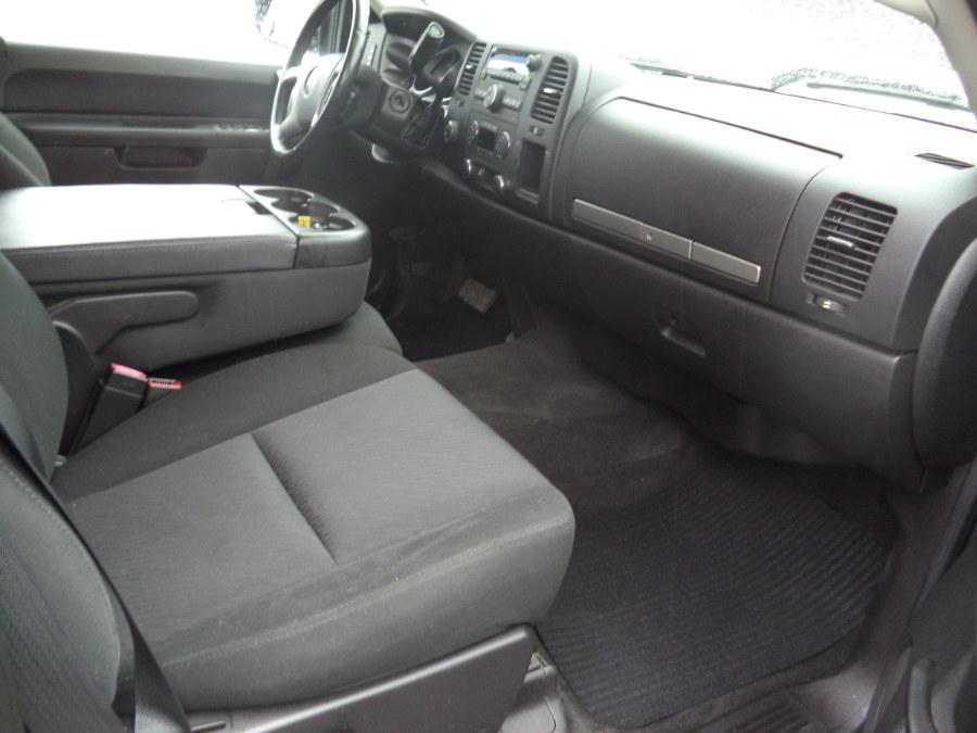 "Used Chevrolet Silverado 1500 4WD Ext Cab 143.5"" LT 2011 | International Motorcars llc. Berlin, Connecticut"