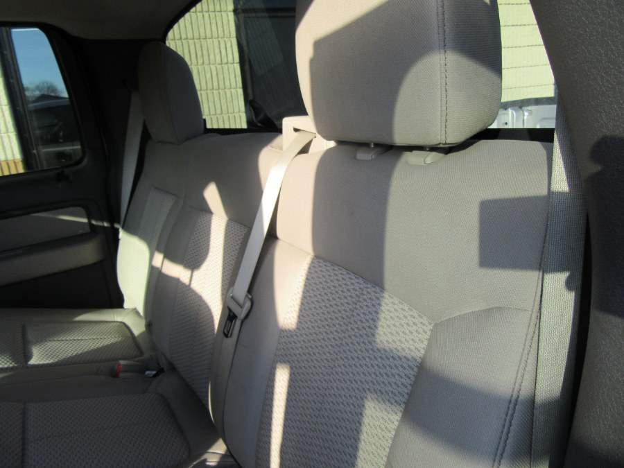 """Used Ford F-150 4WD SuperCrew 145"""" XLT 2010   Royalty Auto Sales. Little Ferry, New Jersey"""