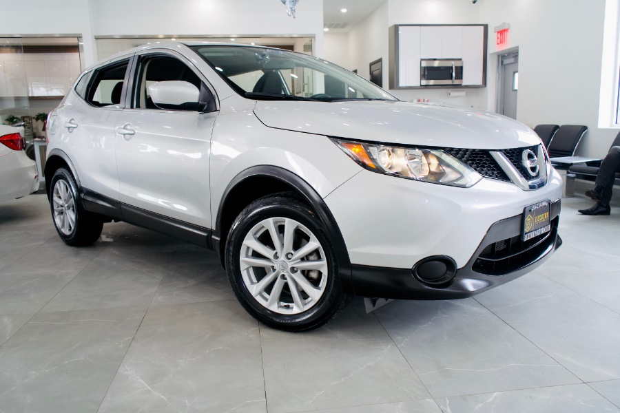 Used Nissan Rogue Sport AWD S 2017 | Luxury Motor Club. Franklin Square, New York