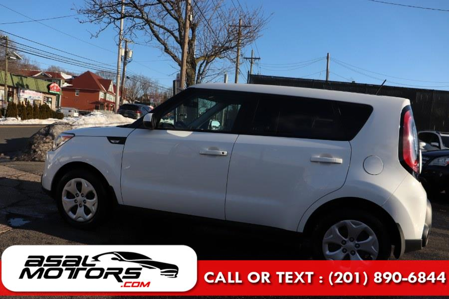 Used Kia Soul 5dr Wgn Auto Base 2014   Asal Motors. East Rutherford, New Jersey
