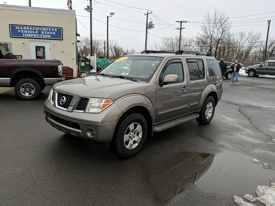 Used 2006 Nissan Pathfinder in Agawam, Massachusetts | Parrottas Auto Service And Repair. Agawam, Massachusetts