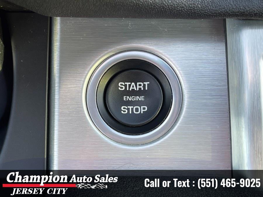 Used Land Rover Range Rover Evoque 5 Door  SE Premium 2017   Champion Auto Sales. Jersey City, New Jersey