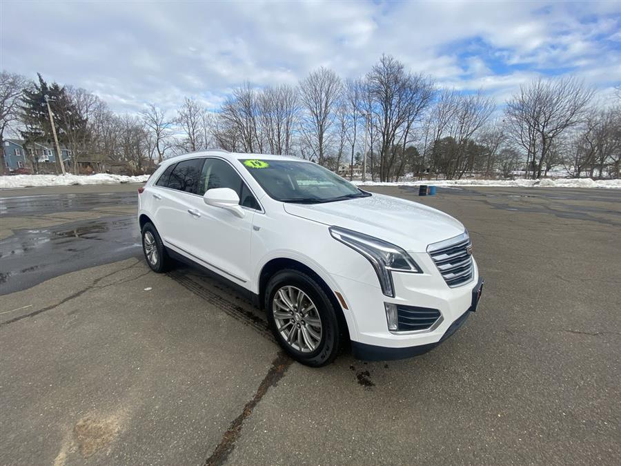 Used 2019 Cadillac XT5 in Stratford, Connecticut | Wiz Leasing Inc. Stratford, Connecticut